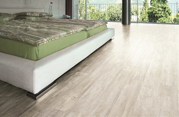 vinylcomfort claw silver oak wicanders cork flooring flickr. Black Bedroom Furniture Sets. Home Design Ideas
