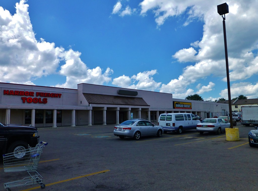 Formerly Known As Kroger Now Subdivided Into Beds