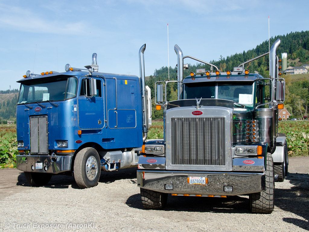 1981 peterbilt 362 and 1989 379 4th annual run to the rhub
