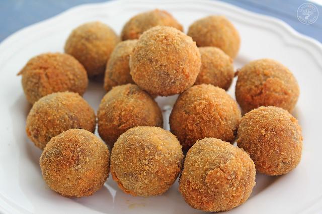 Croquetas de morcilla de aove www.cocinandoentreolivos.com (6)