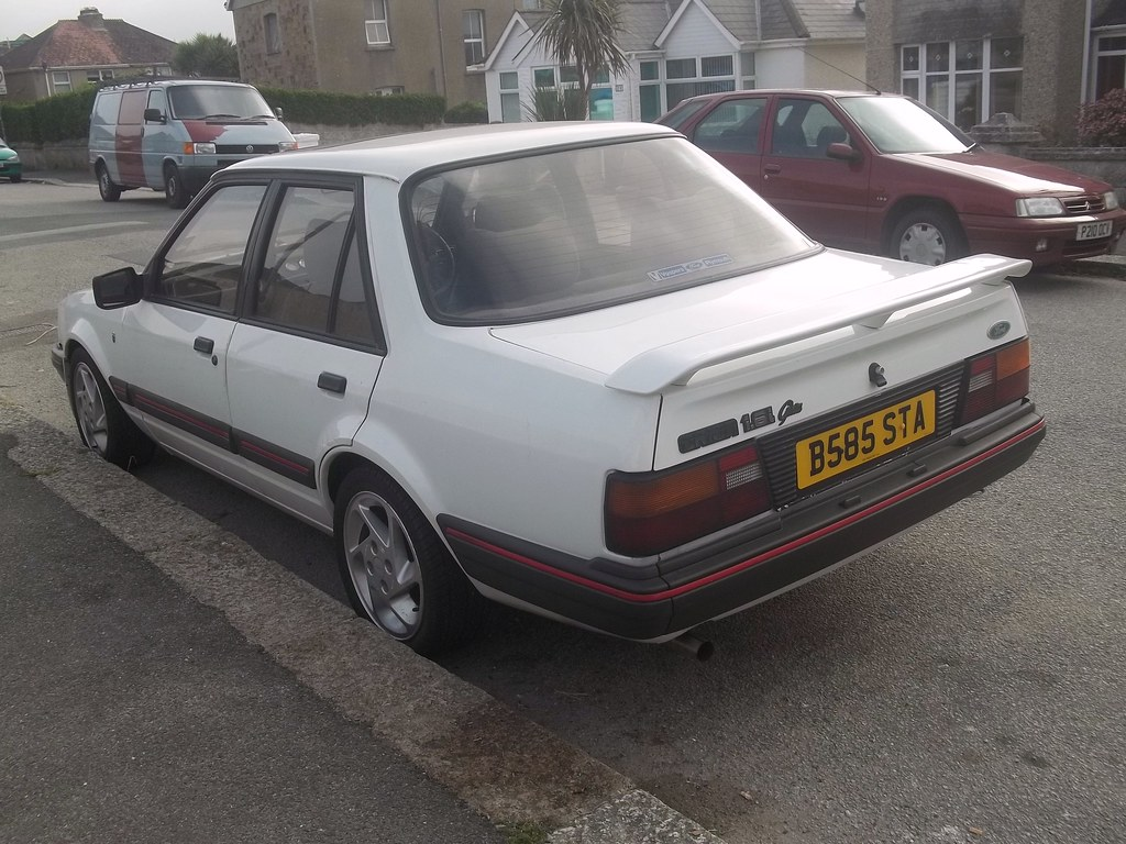 ford orion ghia cars that used to be everywhere but have. Black Bedroom Furniture Sets. Home Design Ideas
