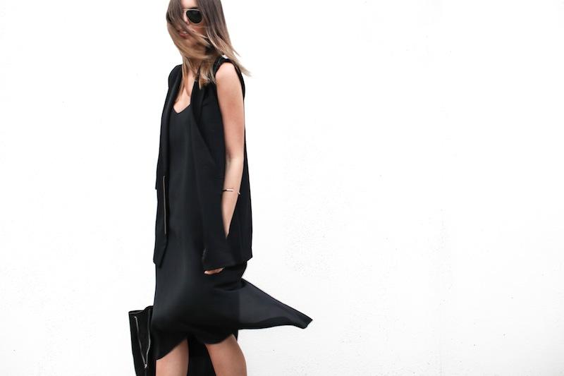 modern legacy australian fashion blog personal style street all black Priory of Ten Vest Topshop silk cami midi dress slide sandals zip leather tote bag (8 of 13)