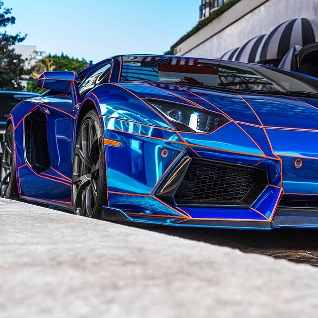 the chrome blue lamborghini aventador converted to tron mo flickr. Black Bedroom Furniture Sets. Home Design Ideas