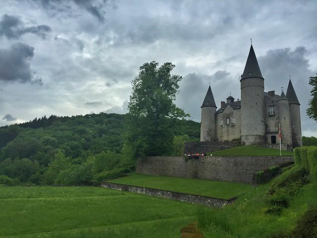 Castillo de Celles-Veves (Valonia, Bélgica)
