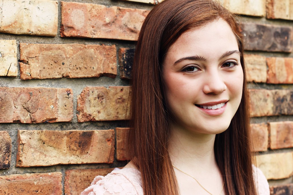 Brick | Grace | Had a great time taking senior pictures ...