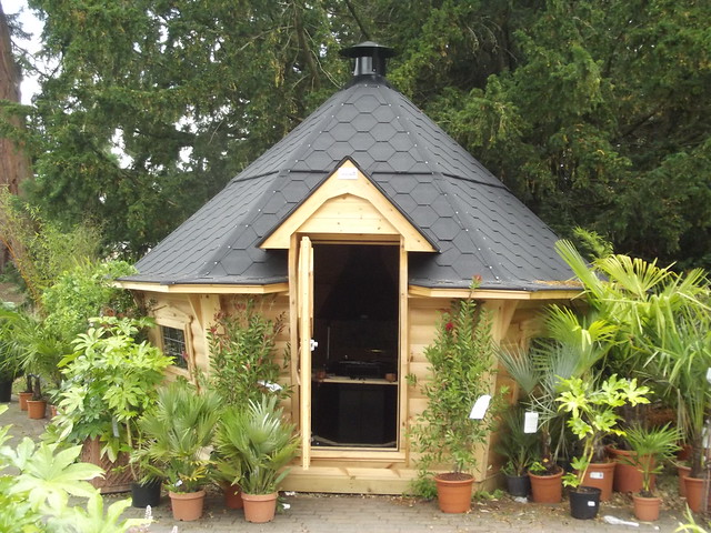 Trentham garden centre summer house shed flickr for Garden designs with summer houses