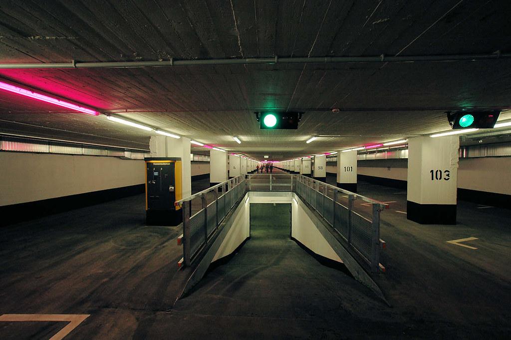 0168 Renovierte Tiefgarage unter dem Spielbudenplatz in Ha… | Flickr