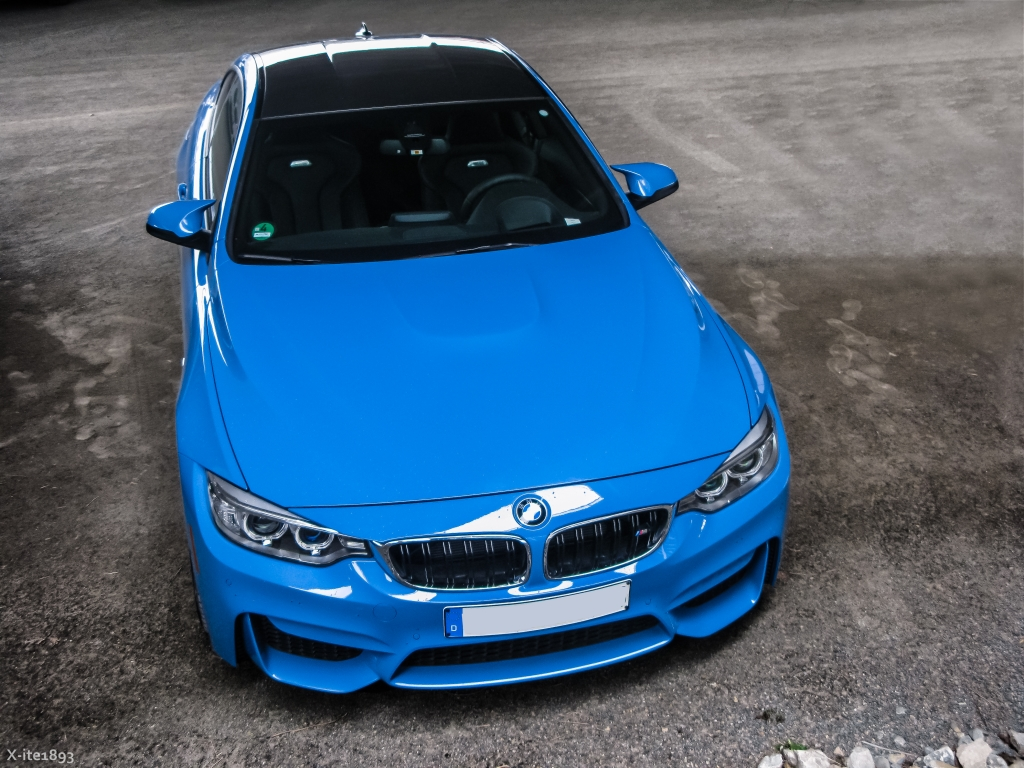 Yas Marina Blue First Time I Saw This Car And I Have To