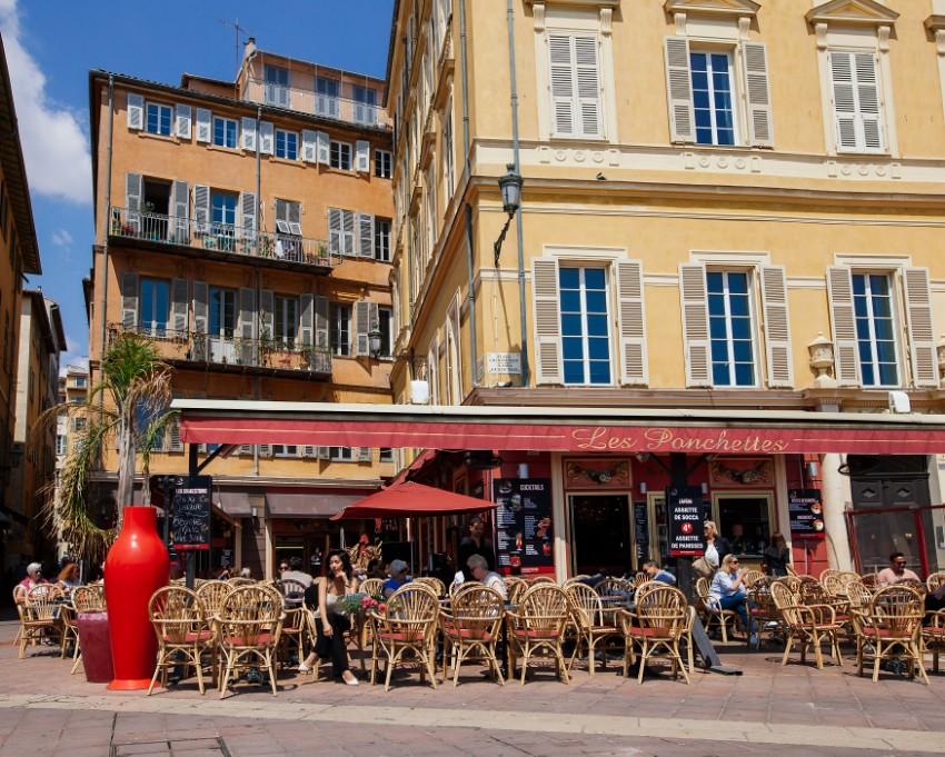 Old Town Nice | HONEY & SILK