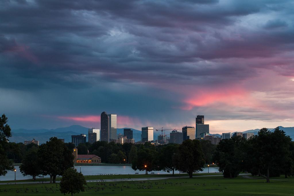 Denver skyline sunset   The Denver, Colorado skyline at ...