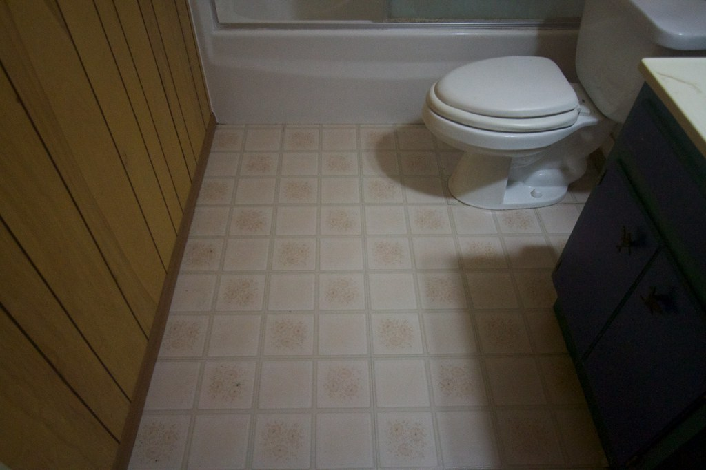 Putting New Flooring In Laundry Room Quick And Easy Ideas
