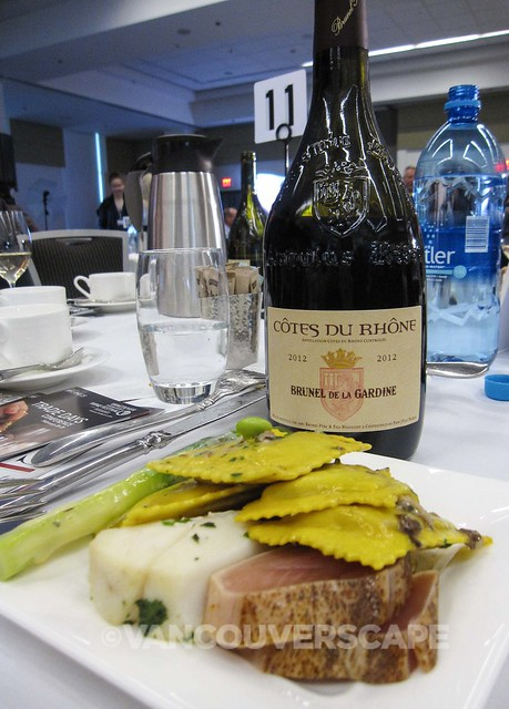 2014 Wine Awards Lunch-3