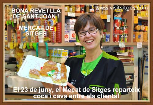 Coca y cava en el Mercat de Sitges para los clientes