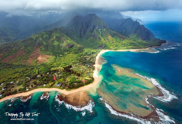 Na Pali Coast Island Of Kauai Hawaii