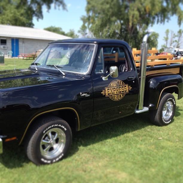 Midnight Express Truck #classy #dodge #pickup #dragraces ...