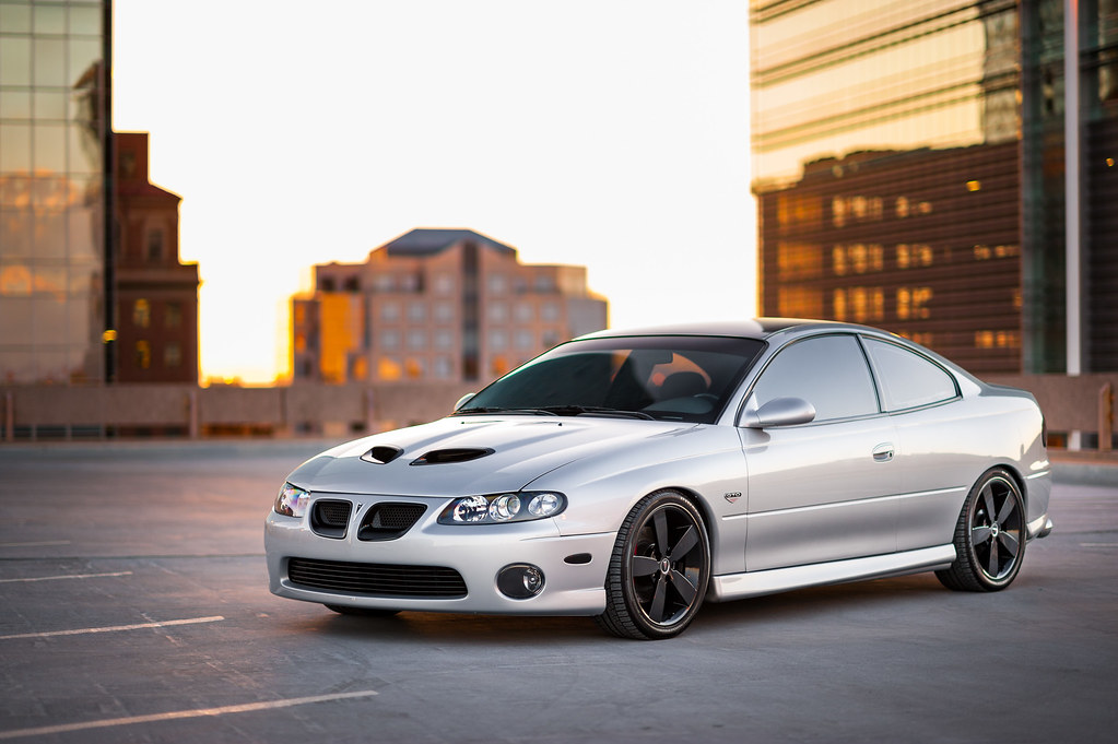 2004 pontiac gto in downtown phoenix az jim boomer flickr. Black Bedroom Furniture Sets. Home Design Ideas