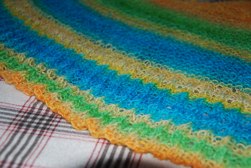 closeup handspun knit shawl blocking