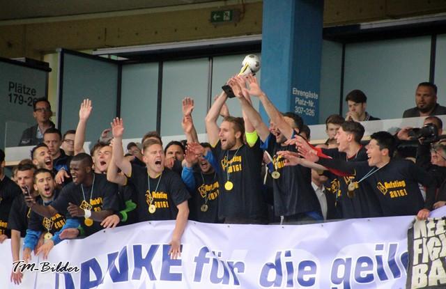 TuS Koblenz - FK Pirmasens 3:0 26982497406_6b36d368a0_z