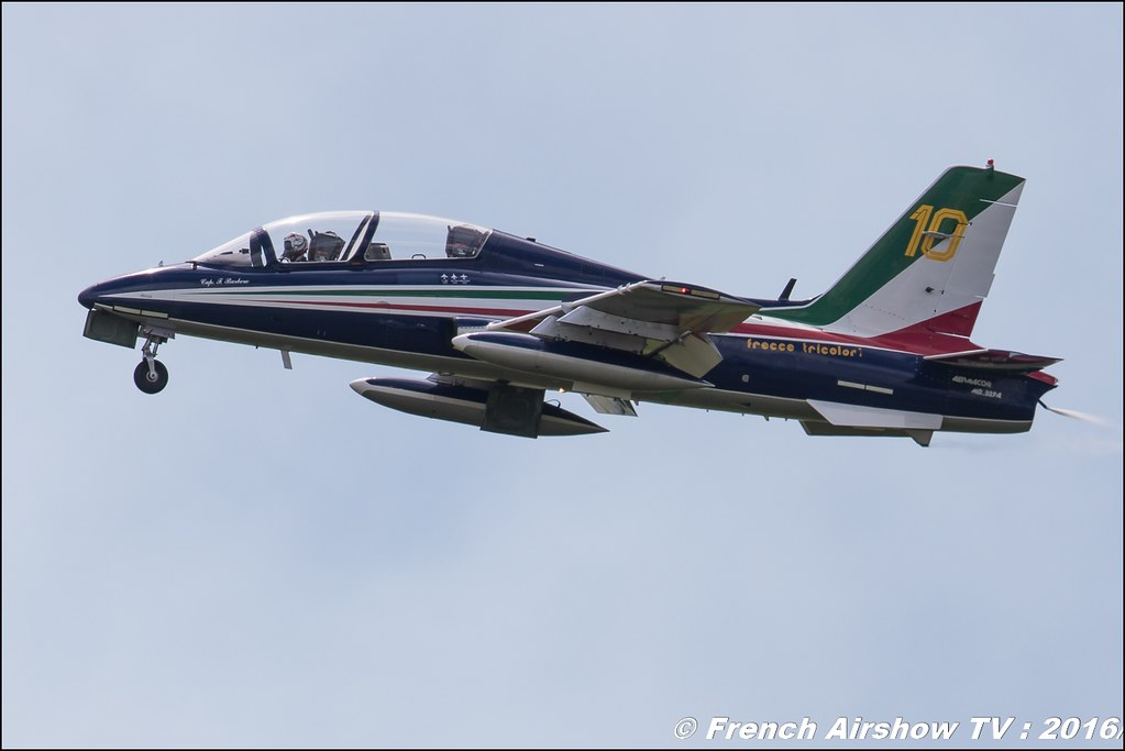 Frecce Tricolori , patrouille acrobatique officielle de l'armée de l'air italienne , Aermacchi MB-339PAN ,Meeting de l'air BA-702 Avord , Meeting Aerien Avord 2016 , FOSA , Armée de l'air , Canon Reflex , EOS System