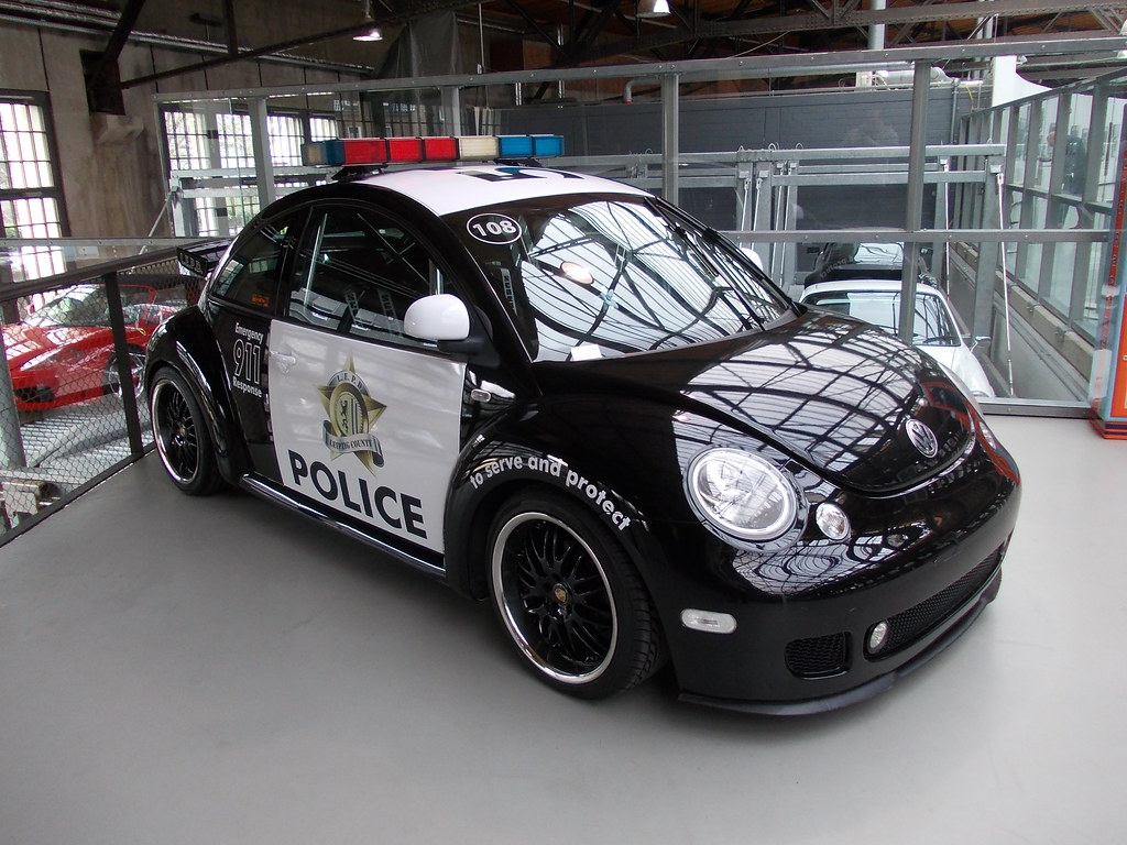 Vw New Beetle Police Showcar 1998 Classic Remise