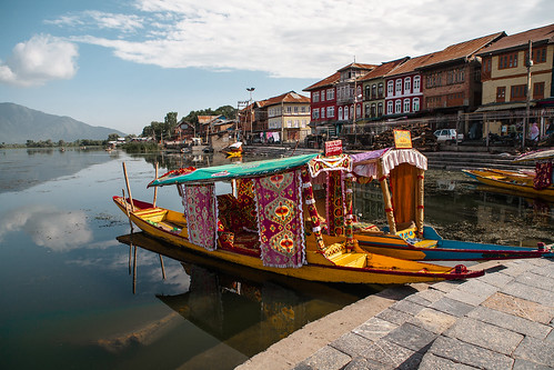 India - Dal lake, Srinagar, Kashmir