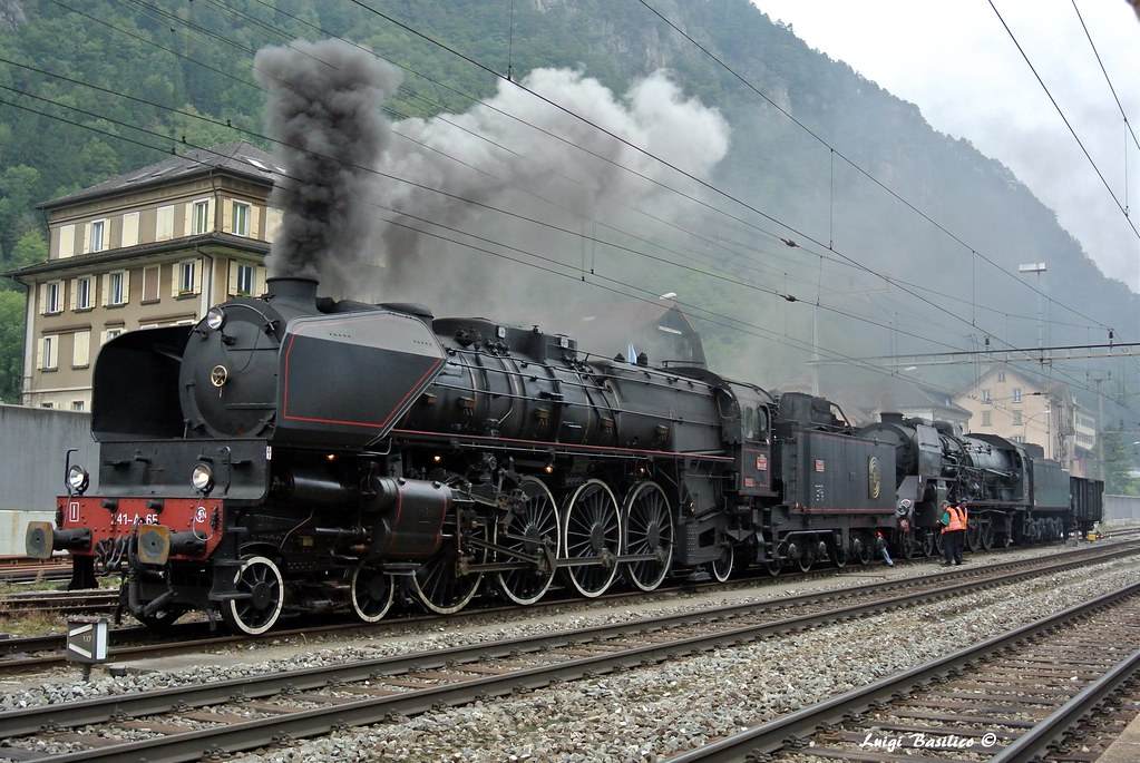 Southern Pacific Daylight #4449, often referred to as the ...