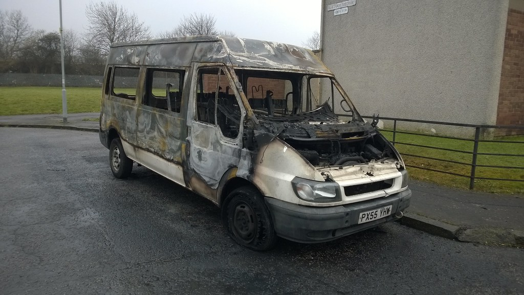 ford transit minibus 2005 burnt out jambox998 flickr. Black Bedroom Furniture Sets. Home Design Ideas
