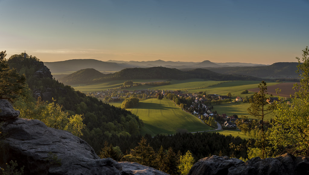 Papstdorf in der Morgensonne