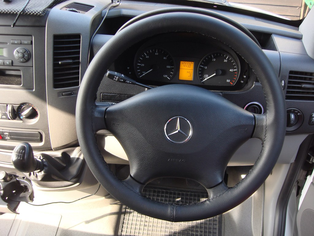 Mercedes sprinter 313 cdi leather steering wheel cover for Mercedes benz sprinter wheel covers