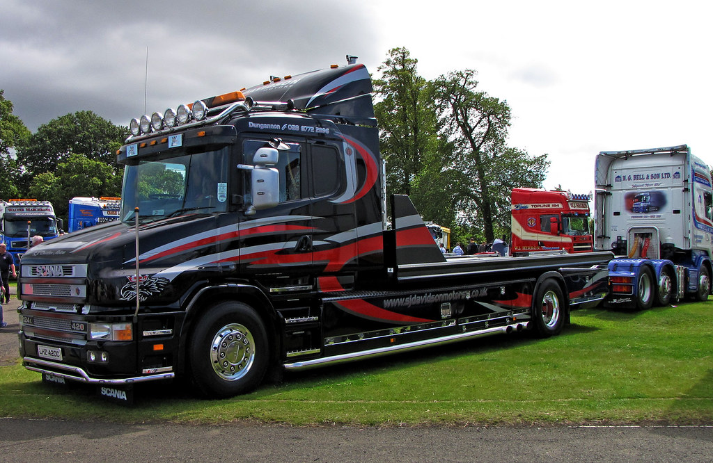 s j davidson motors scania 124l t cab at truckfest scotla