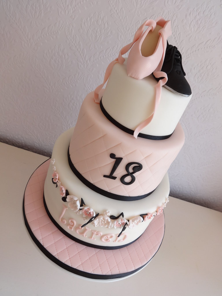 Ballet And Tap Shoe Cake A Better View Of The Shoes Flickr