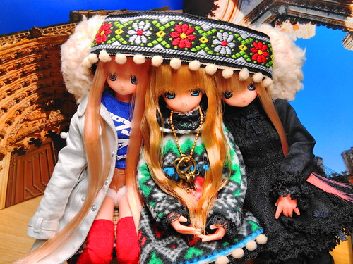 a hair-band for Blythe doll.