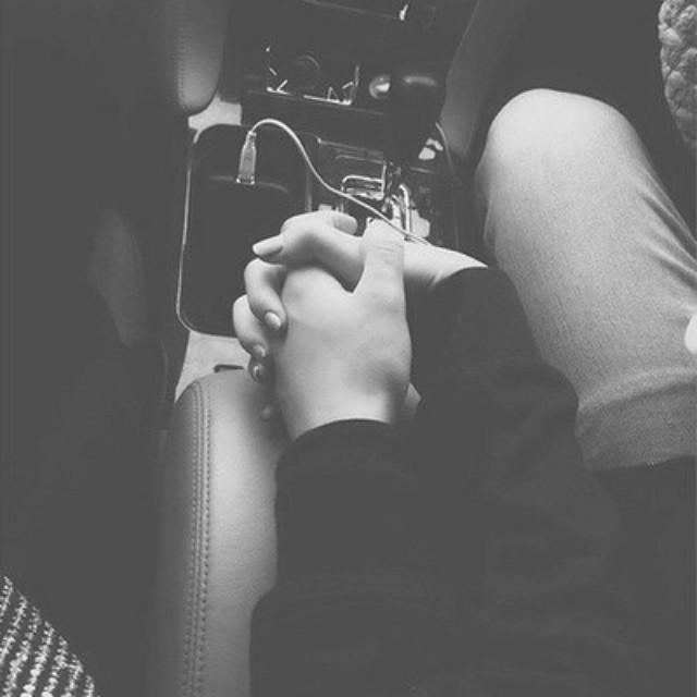 Loveisapromisenevertosaygoodbye love couple blacknwhit flickr