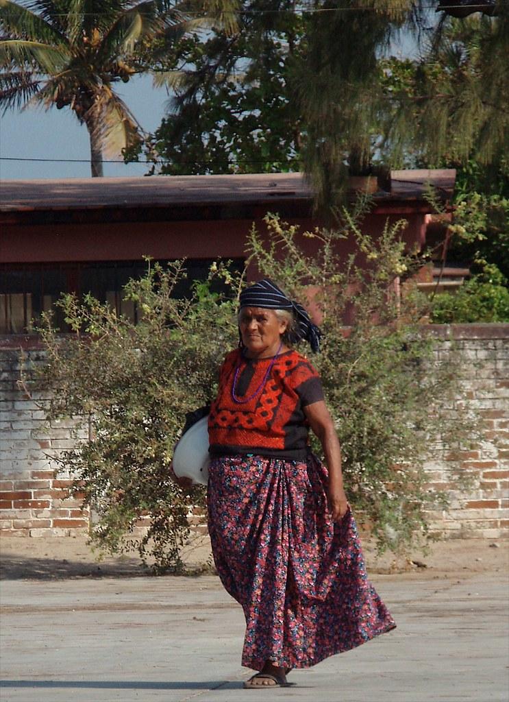 huave woman