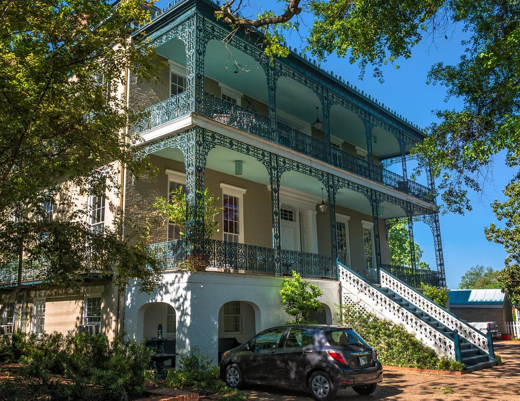 Duff Green Mansion 1866 V04 806 Locust St Vicksburg