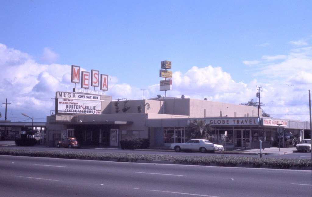Mesa theater newport blvd costa mesa 1974 there are - Maison d architecte orange county californie ...