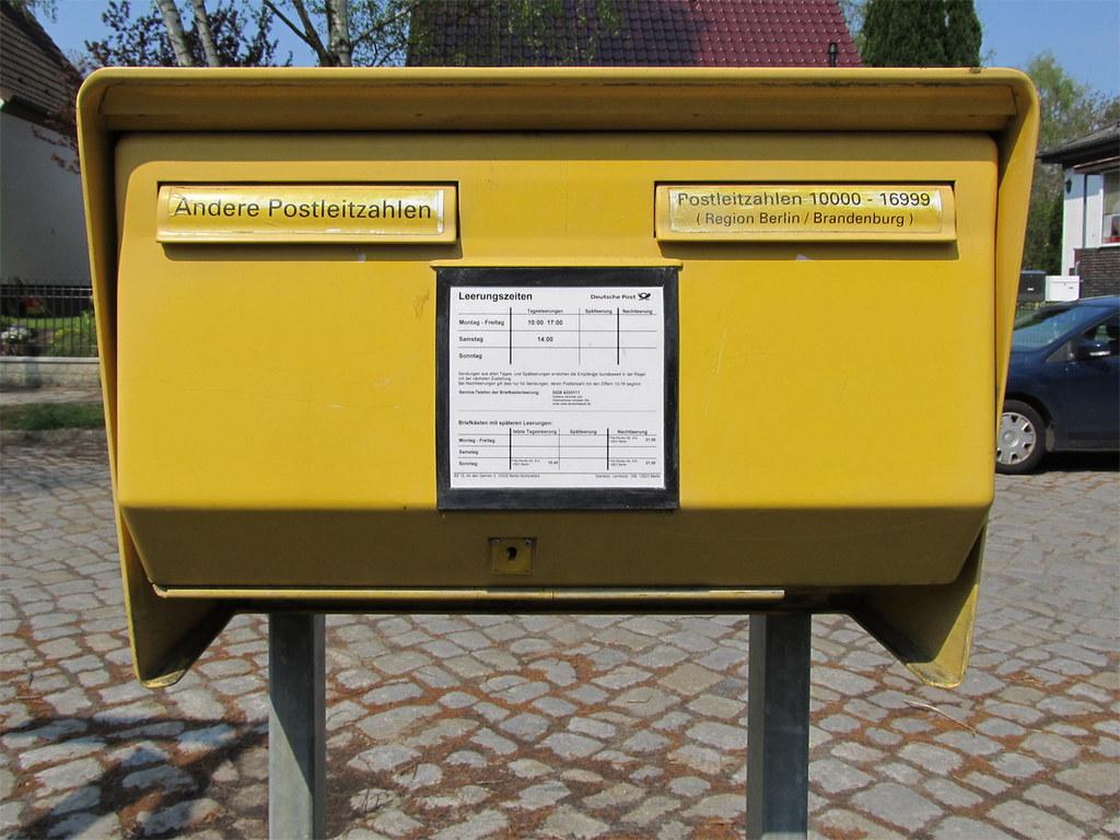 Spätleerung Briefkasten Berlin : berlin mahlsdorf briefkasten typischer berliner doppel flickr ~ Frokenaadalensverden.com Haus und Dekorationen