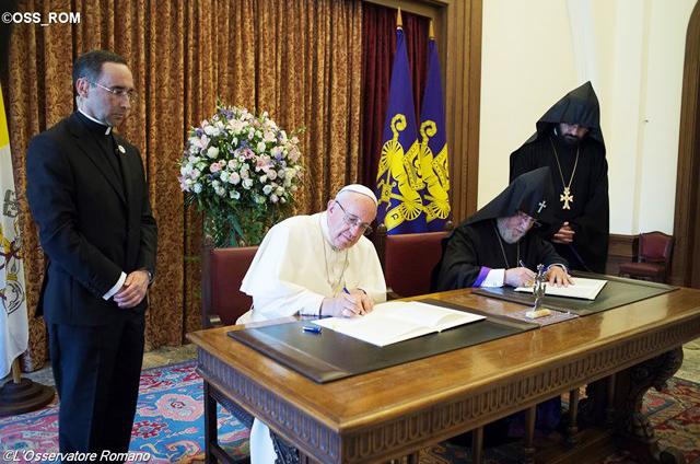 Tuyên Bố Chung Của Đức Giáo Hoàng Phanxicô Và Đức Thượng Phụ Karekin II Của Giáo Hội Armenia