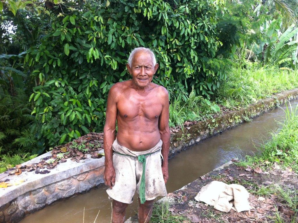 super-fit 70 year old man selling coconuts   Paul Geduldig