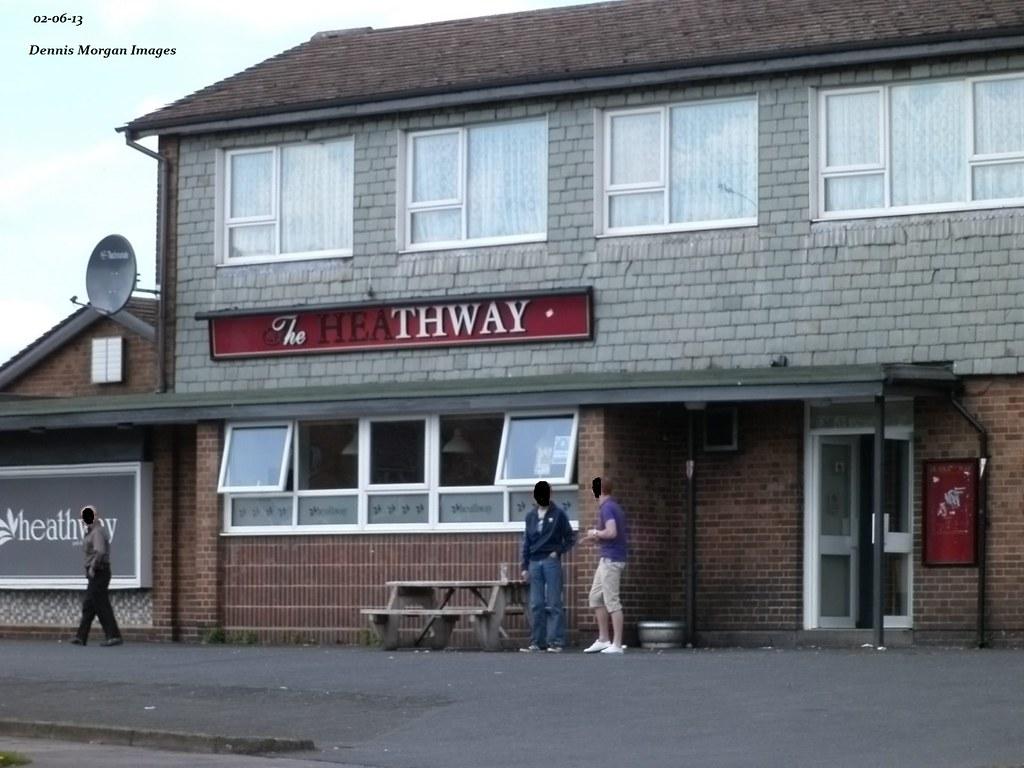 The Heathway Pub Shard End Birmingham Uk Dennis Morgan