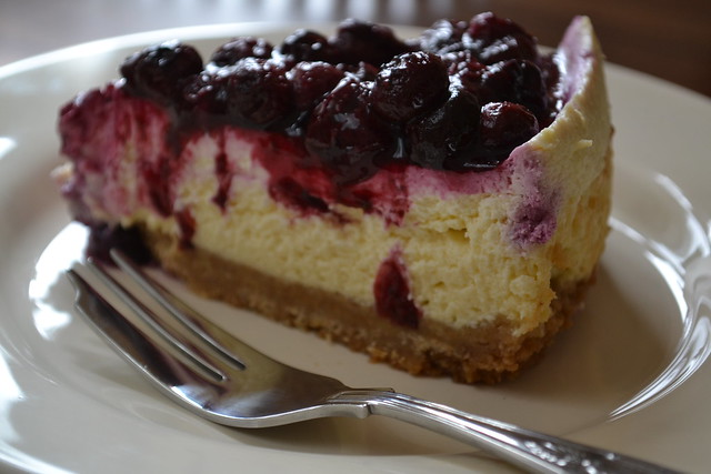 new york cheesecake with blueberry topping | Flickr - Photo Sharing!