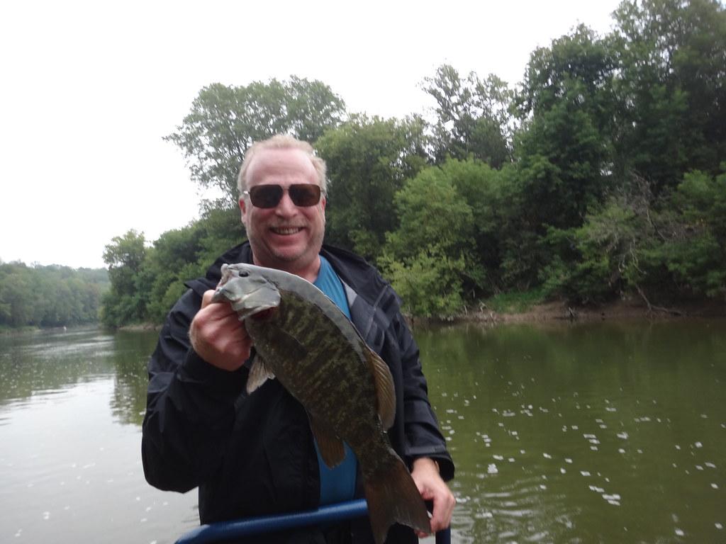 Ontario river bass guide service