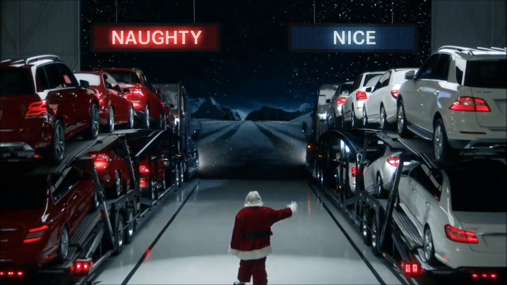Mercedes benz amg funny christmas commercial youtube vid for Mercedes benz christmas commercial