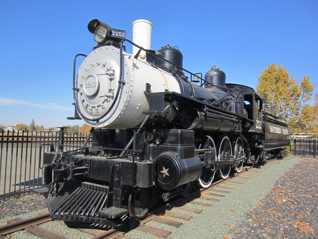 Southern Pacific 2252 Baldwin 4 6 0 In Roseville Ca