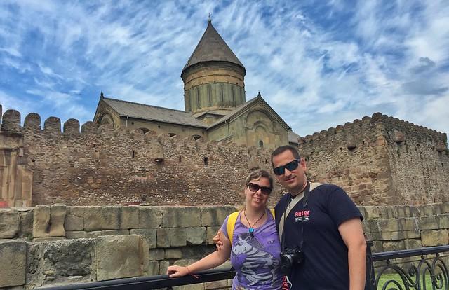 Sele y Rebeca en la catedral de Mtskheta (Georgia)