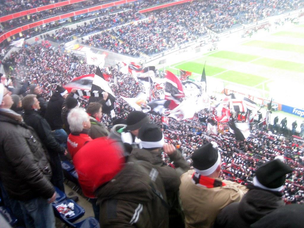 eintracht frankfurt ultras 39 flag display diego sideburns flickr. Black Bedroom Furniture Sets. Home Design Ideas