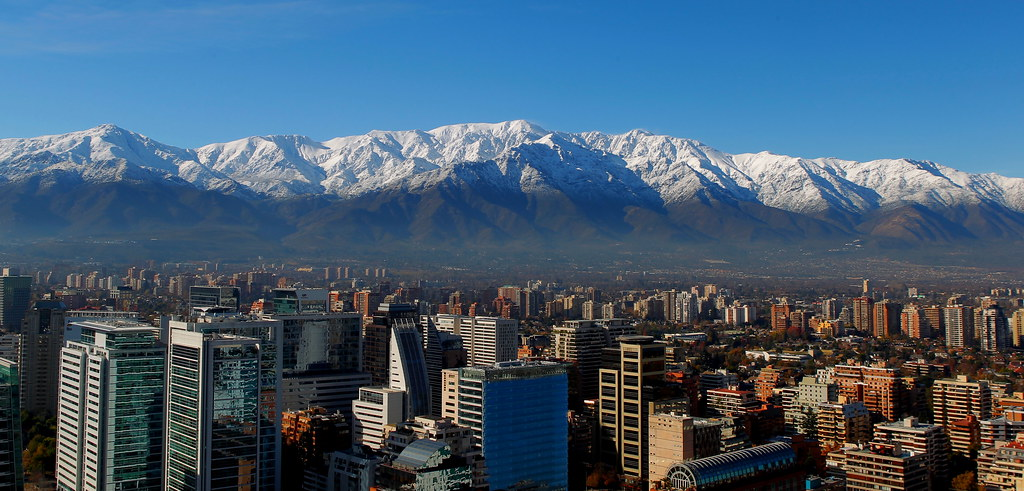 Cordillera santiago chile copyright manuel herrera for Cactarios en chile