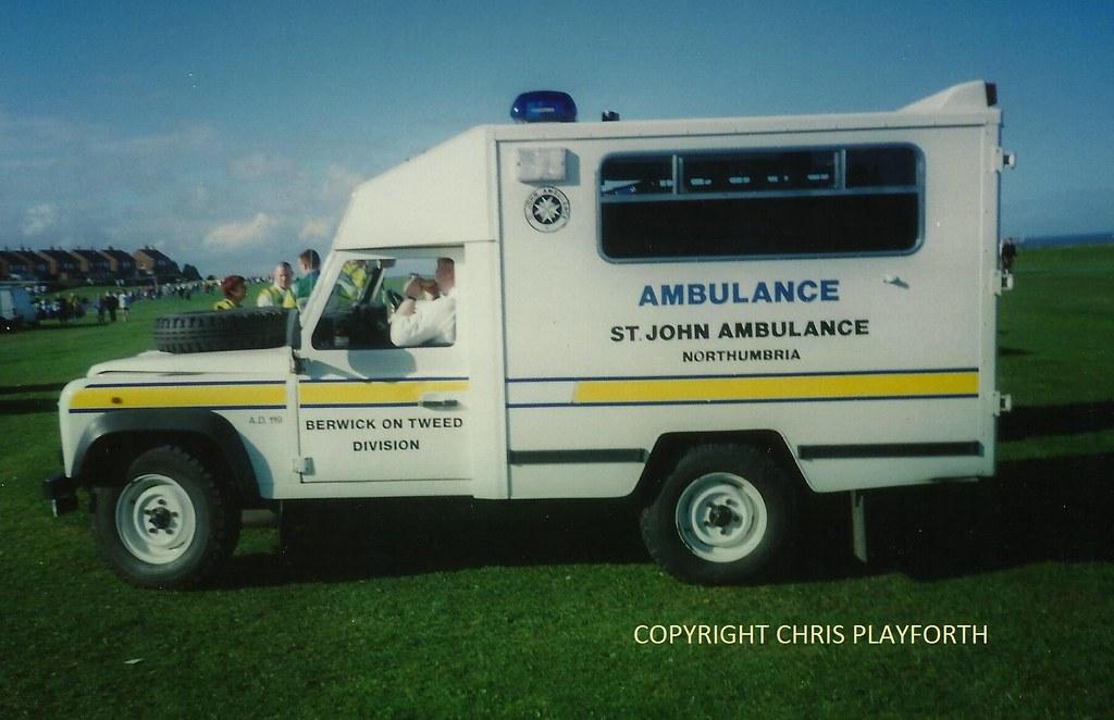 M81 Nsh St John Ambulance Berwick Upon Tweed Land Rover Am