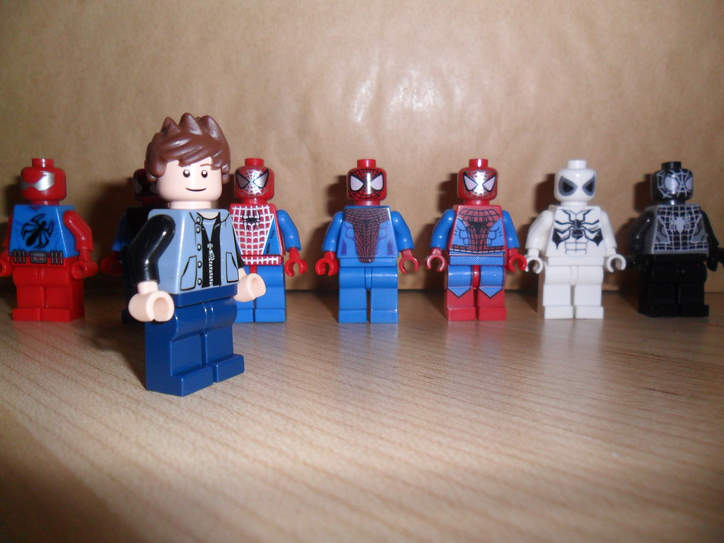 how to get spiderman in lego avengers
