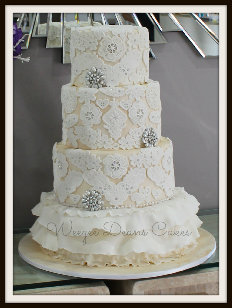 Bling Wedding Cake Photos